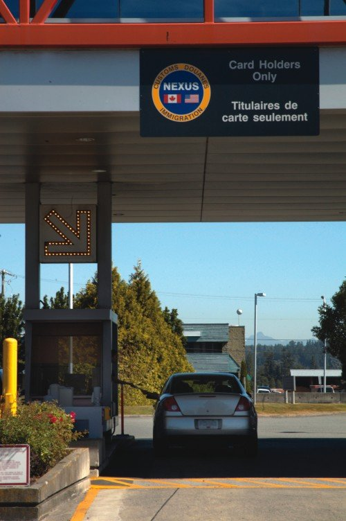 Nexus Lane Instructions For Crossing Canada Usa Border Canada Immigration Visa Amp Travel
